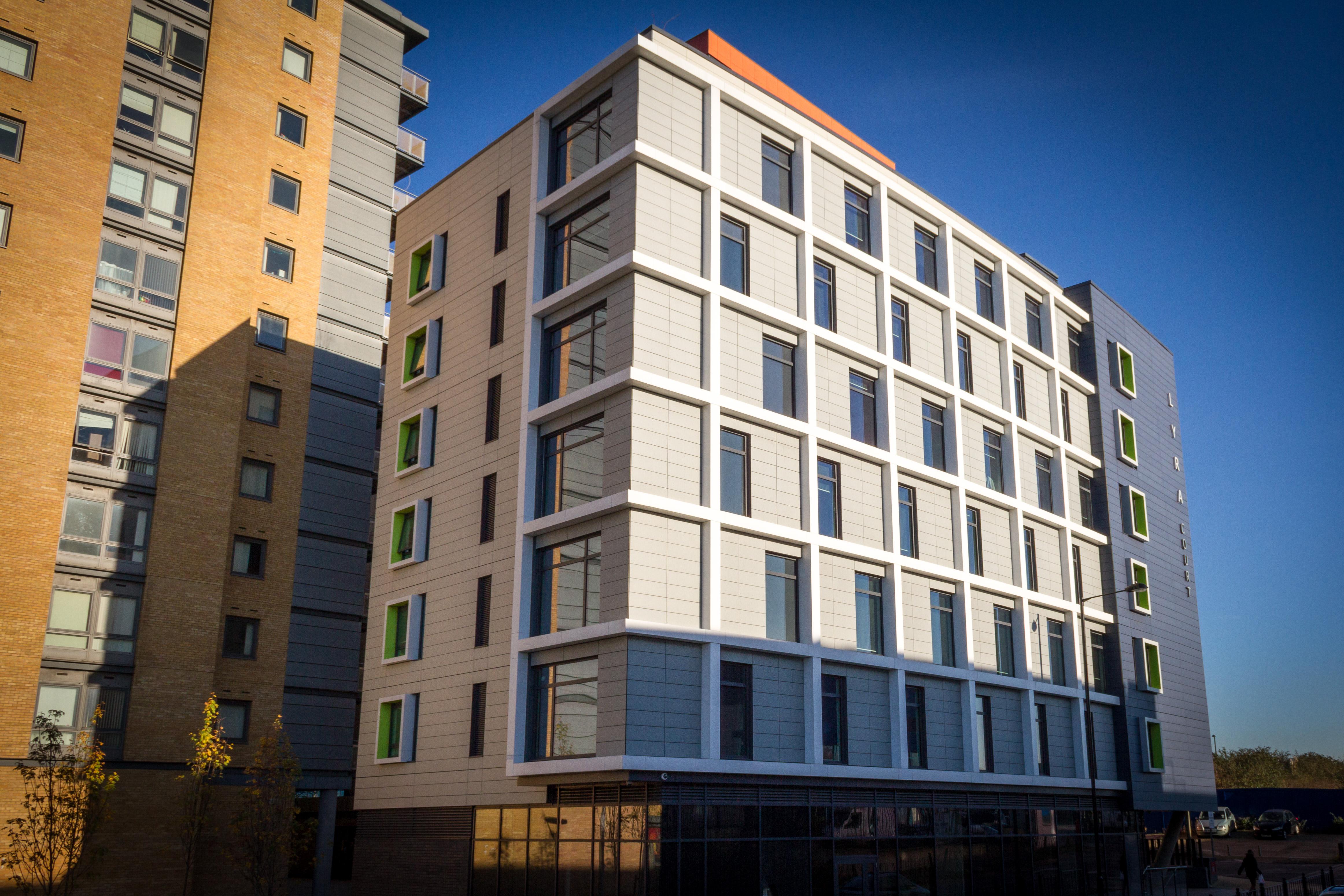 Flatt_Building Exteriors_exterior_rear